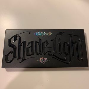 Kat Von D Shade and Light Shimmer Eye Palette